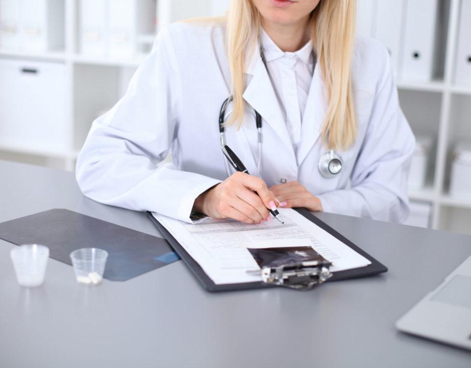 Stomatolog leczenie na raty kredy na implanty